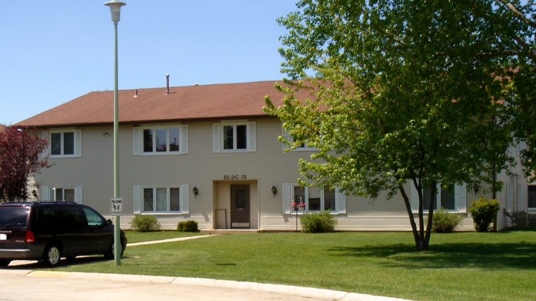 Apartments for Rent, Eastbrooke Apartments, Mason City, Iowa