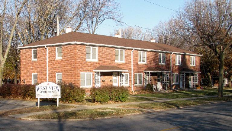 Two Bedroom Apartments Iowa City